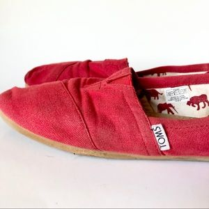 TOMS | Red Canvas TOMS